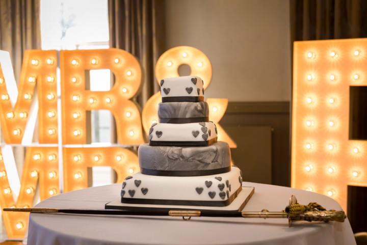 Wedding Cake at The Mansion