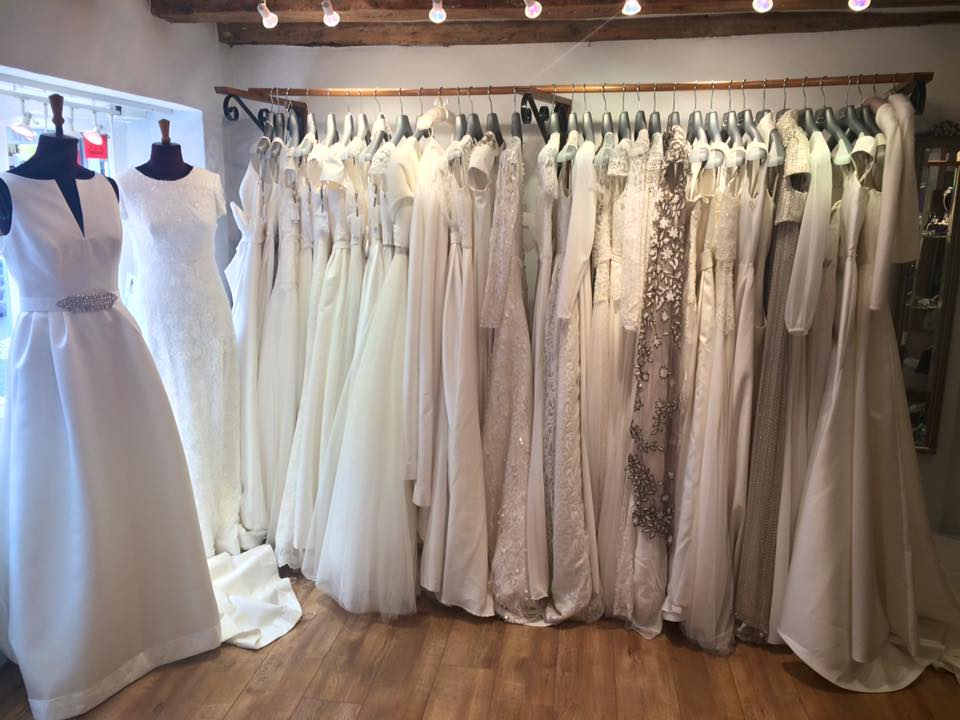 Wedding dresses uk shops discount wedding dresses for Wedding dress shops york
