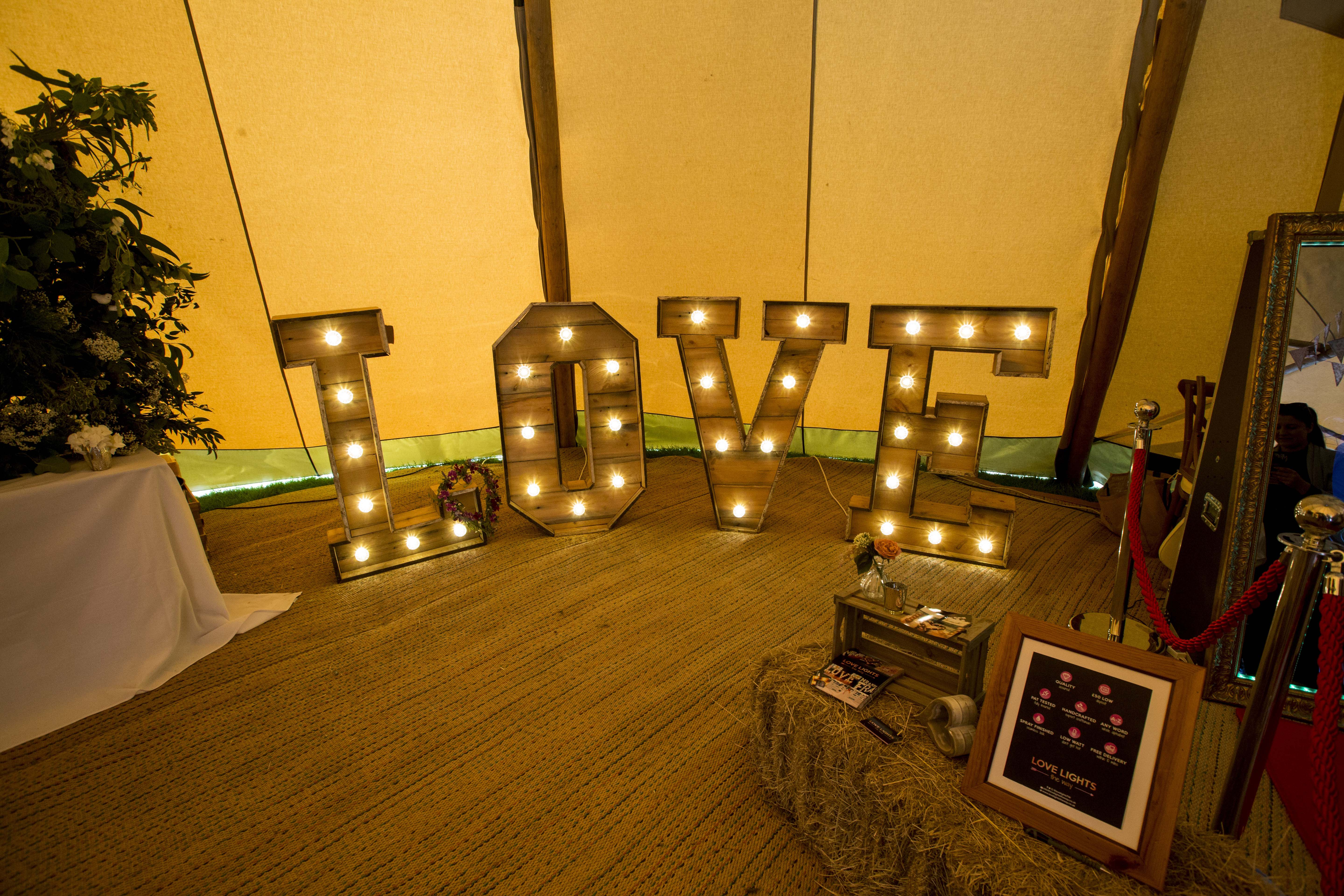 Love lights - a popular decor choice