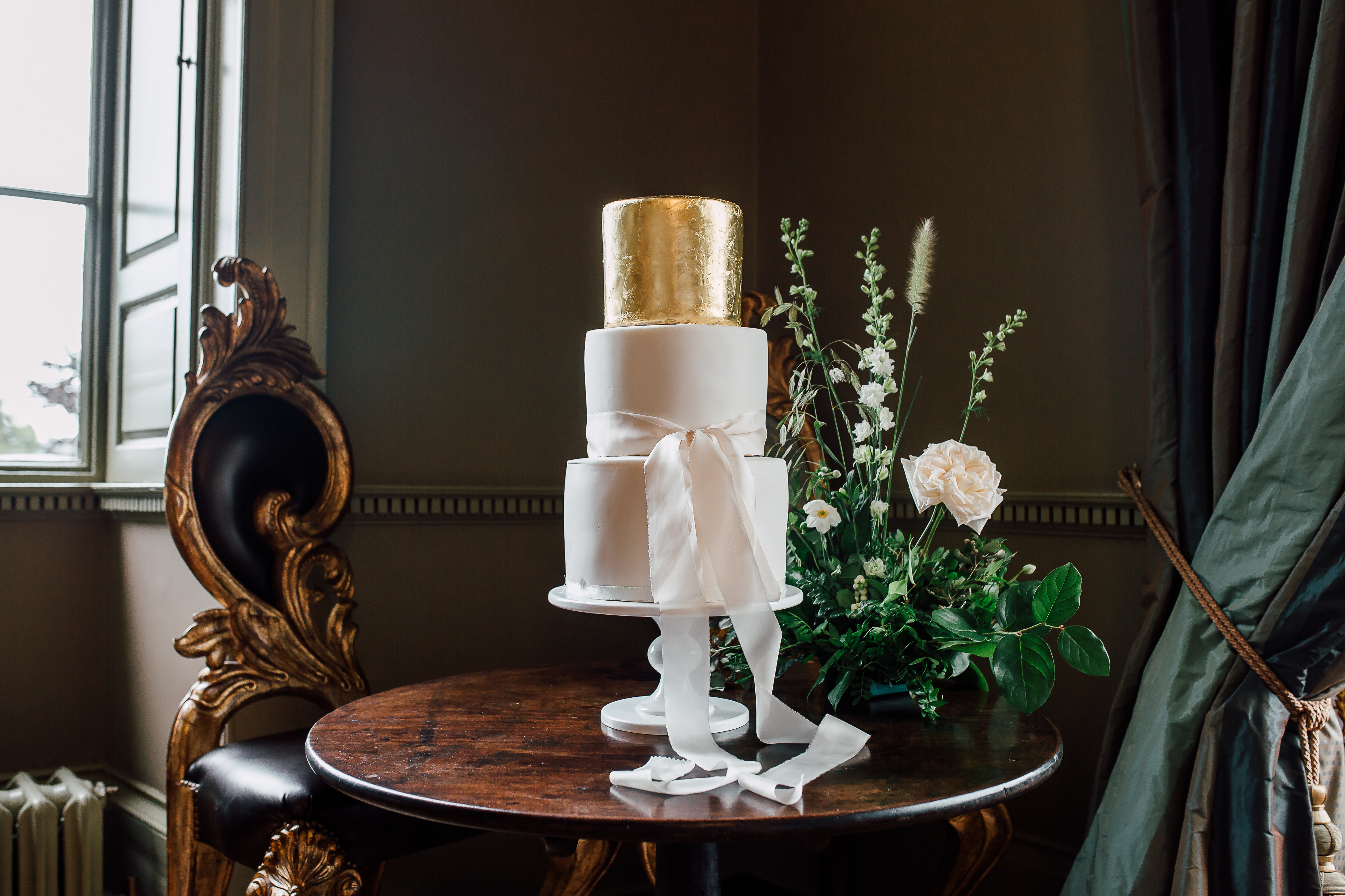 Dine Venues | Howsham Hall | Wedding Cake | Anecia & Ben